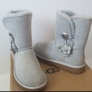 NWT UGG Authentic Suede Real Fur